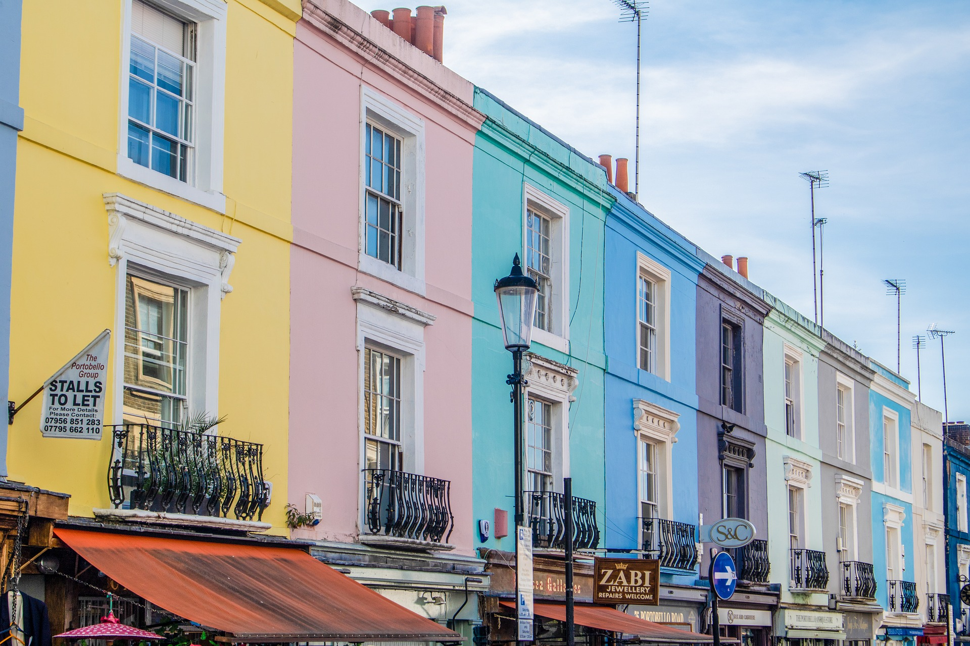 Moving To West London: A Guide To The Best Local Businesses