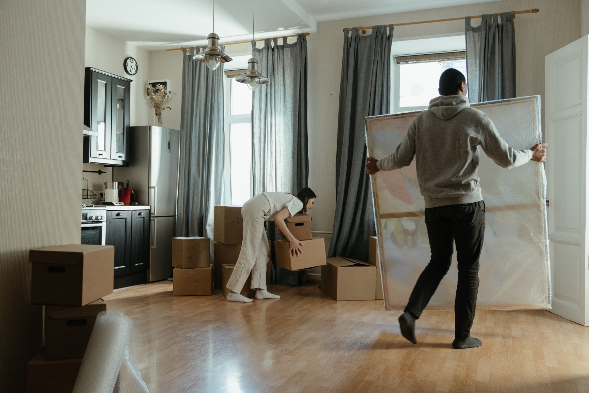 Packing Tips For Moving Items Into Storage