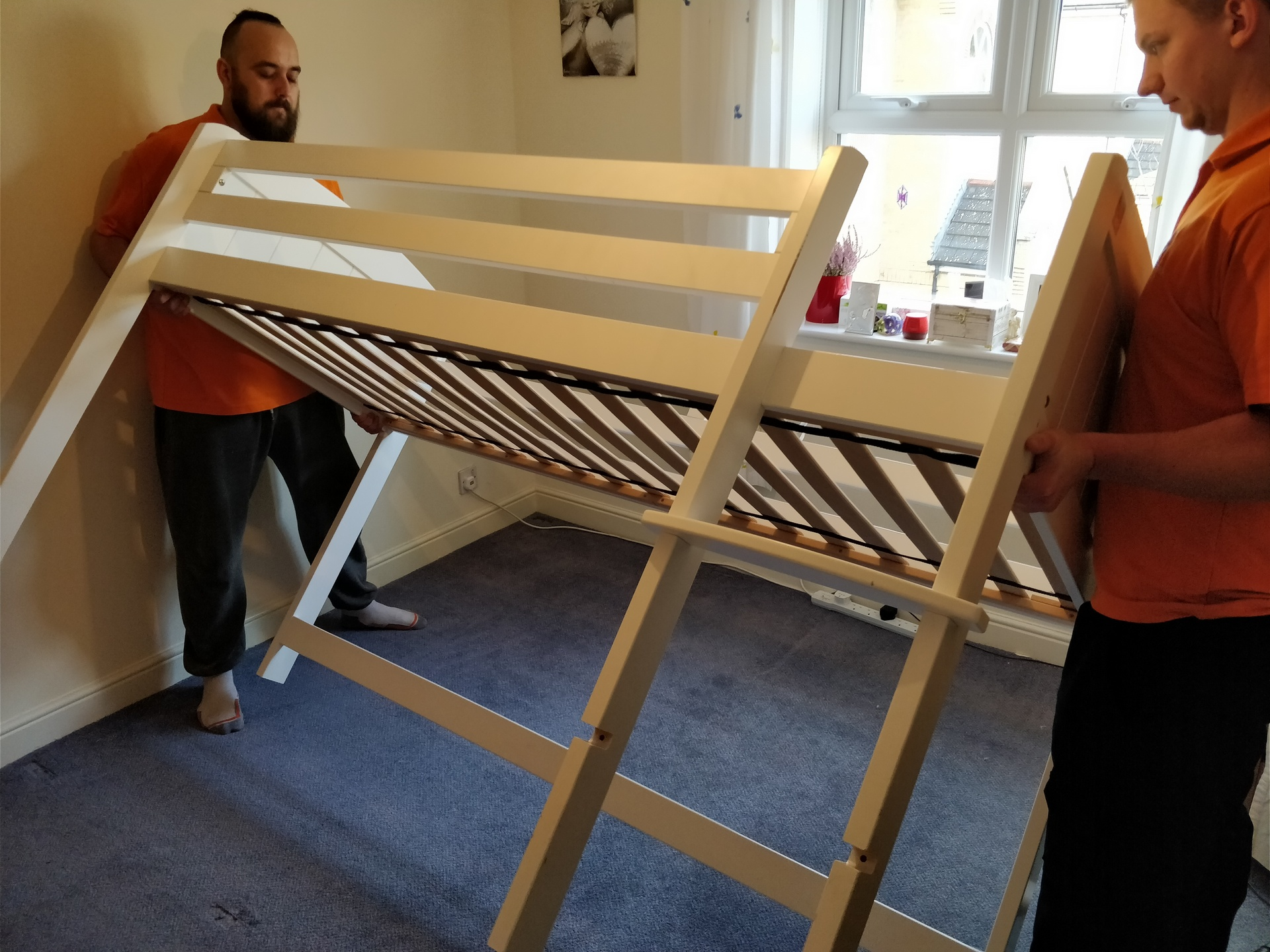 How to Dismantle a Bunk Bed 03