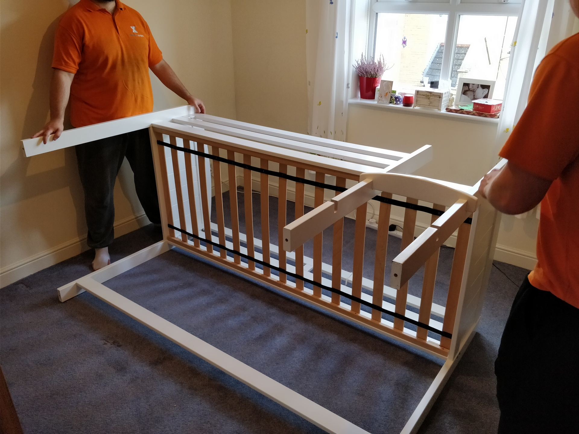 How to Dismantle a Bunk Bed 04