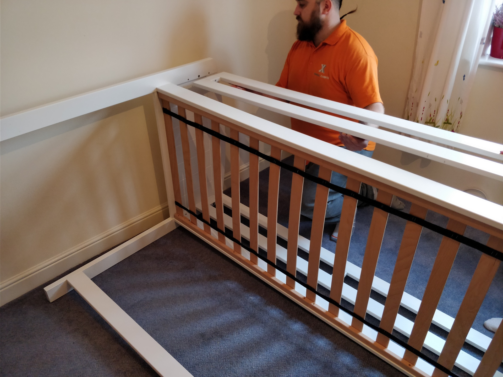 How to Dismantle a Bunk Bed 15