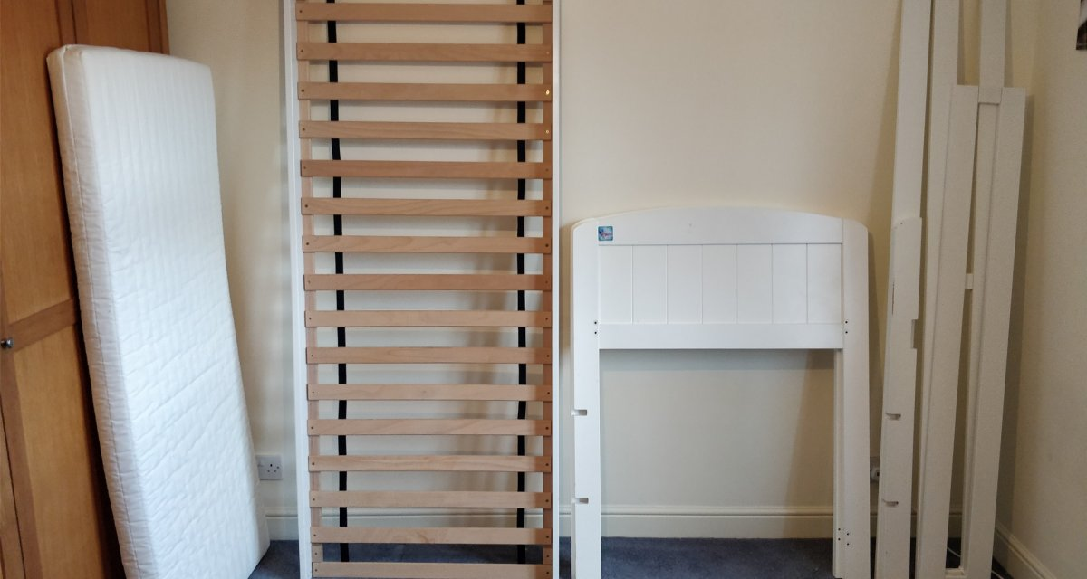 Picture of: How To Dismantle A Bunk Bed Removals Storage Experts